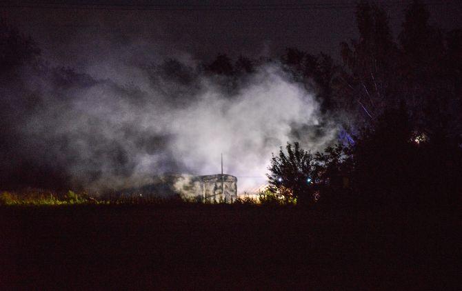 fc340d7c572 W3 uudised - FOTOD | Viljandis läks põlema vana plekkvagun