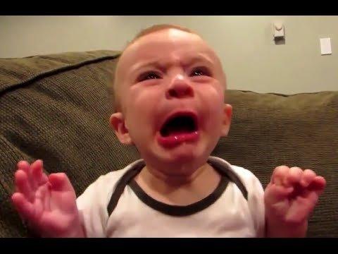 VIDEO | Tänane naerutaja! Need beebid proovivad esimest korda sidrunit