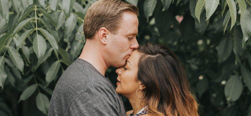 Naine imestab: üks seksuaalpartner elu jooksul — kas tõesti liiga vähe?
