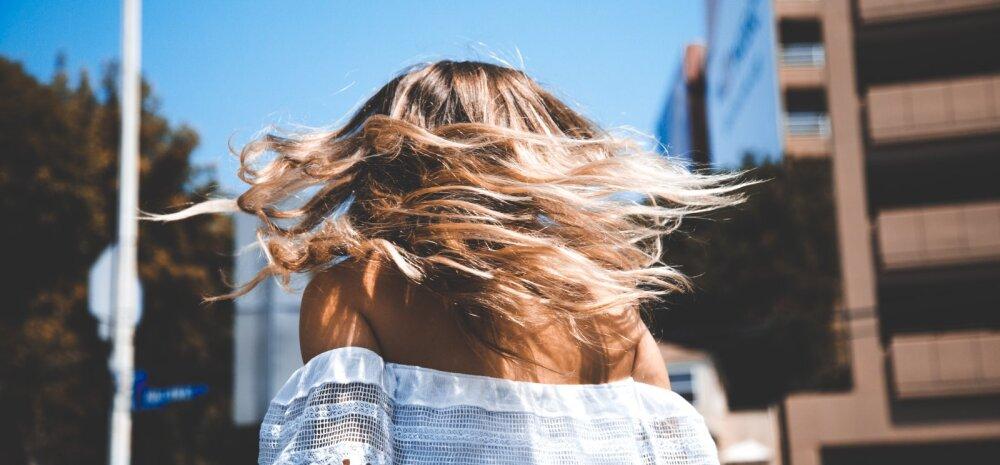 Päike, liiv ja merevesi mõjuvad juustele hävitavalt! Juuksur õpetab, kuidas juukseid suvekuuma eest kaitsta