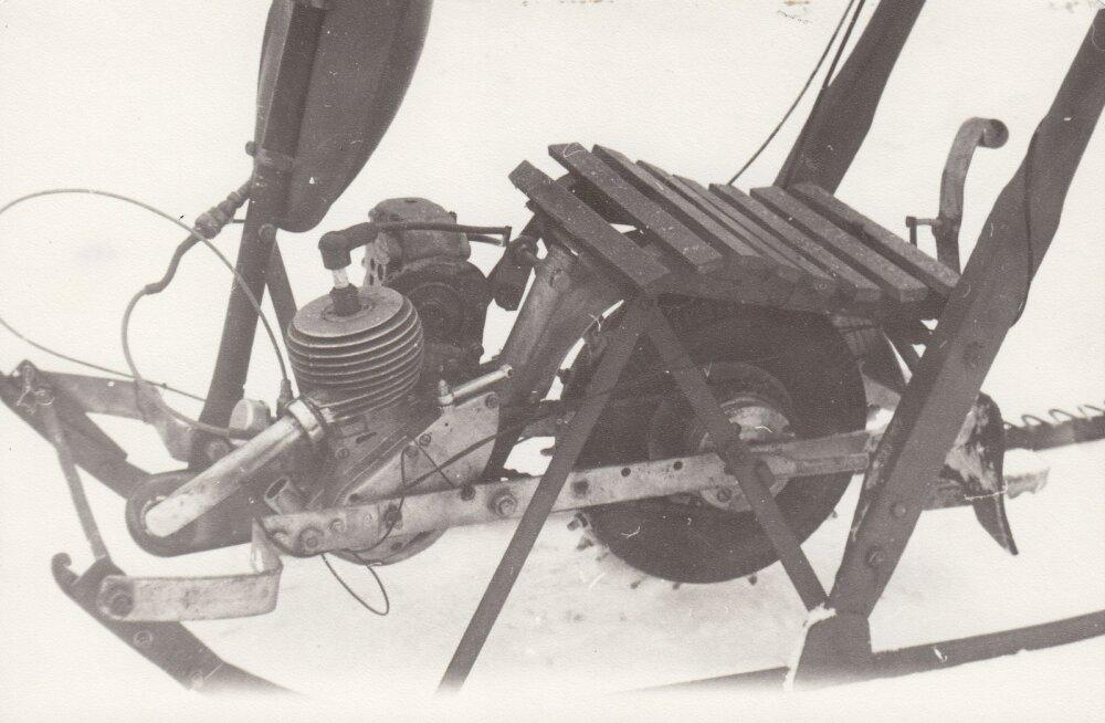 MAALEHT 1988 | Vändra poiss meisterdas kolm mootoriga tõukekelku ning müüs need kaluritele. Mis toonasest leiutajast saanud on?