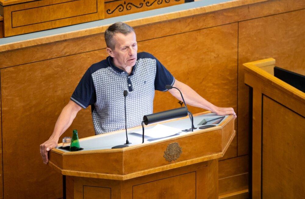 Jürgen Ligi: Sesteri avaldus eestikeelsetest koolidest on kurgihooaegne tähelepanuotsing