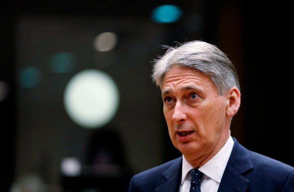 Briti minister püüab Tallinnas segaseid suhteid harutada