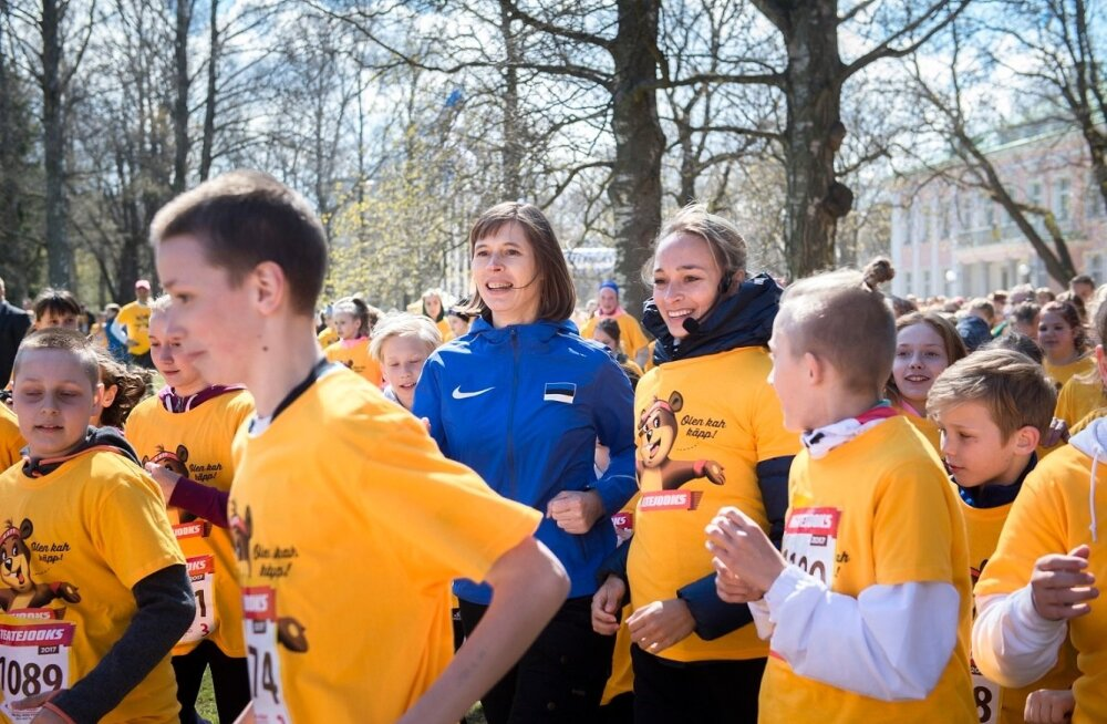 President Kersti Kaljulaid heategevuslikul Teatejooksul