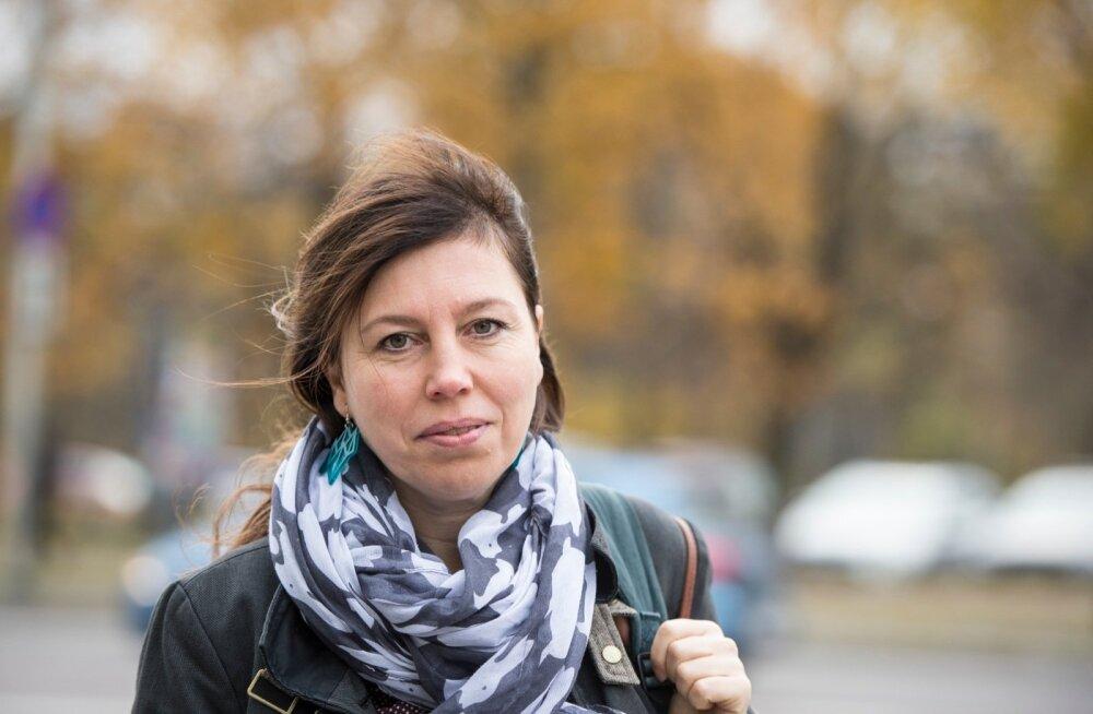 Tiina Saar on aastaid tegelenud oma teed otsivate inimeste nõustamisega. Teda on vaatlema ja nõu andma kutsunud paljud Eesti suured tööandjad.