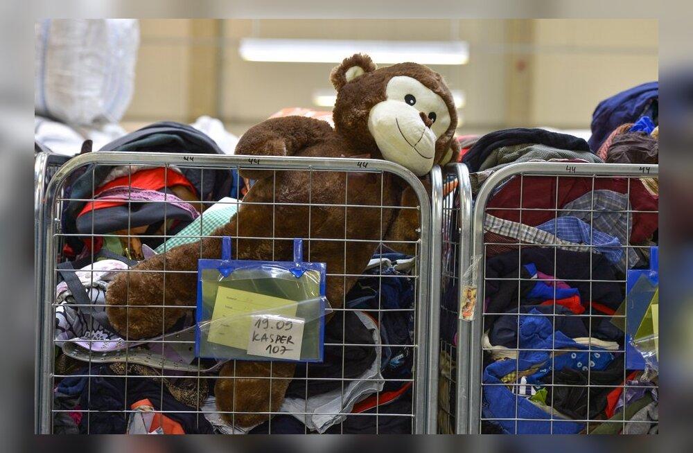 FOTOD: Vaata, kuidas käib nobe töö Humana sorteerimiskeskuses!