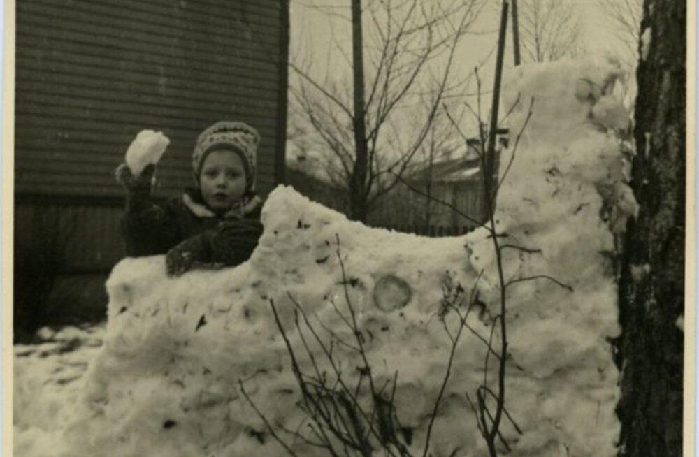 Tule ajalukku! | 1932: Tallinnas peavad naabrid raevukat lumesõda