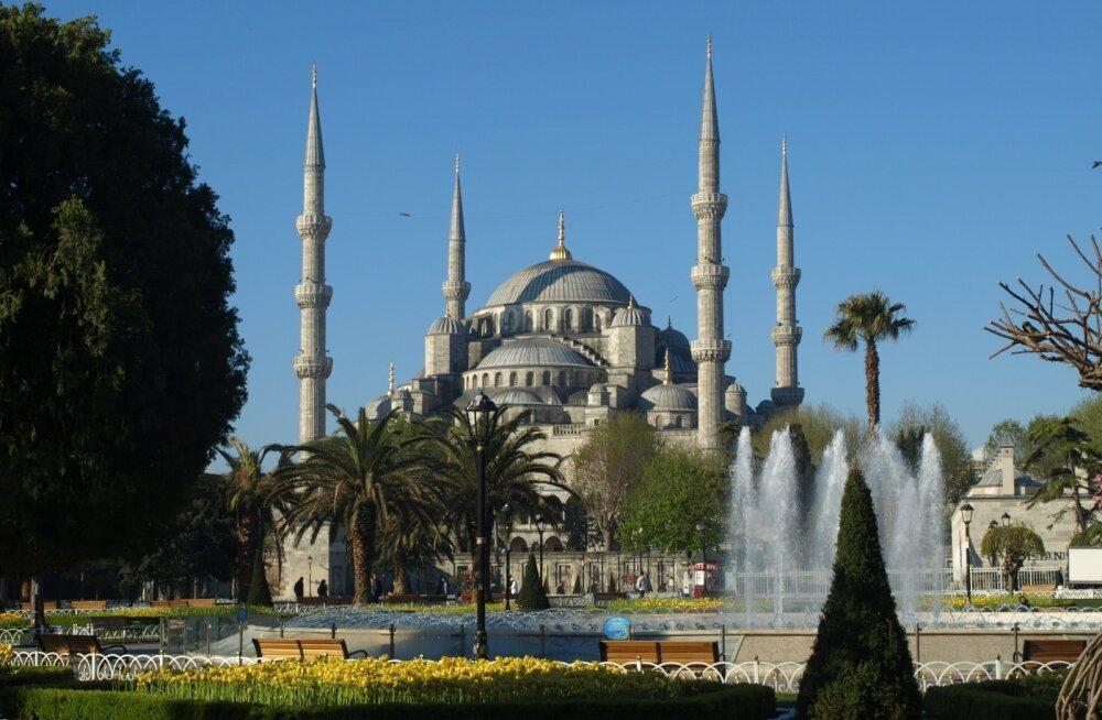 Полетели в Стамбул? Невероятное предложение: билеты туда-обратно от 85 евро!