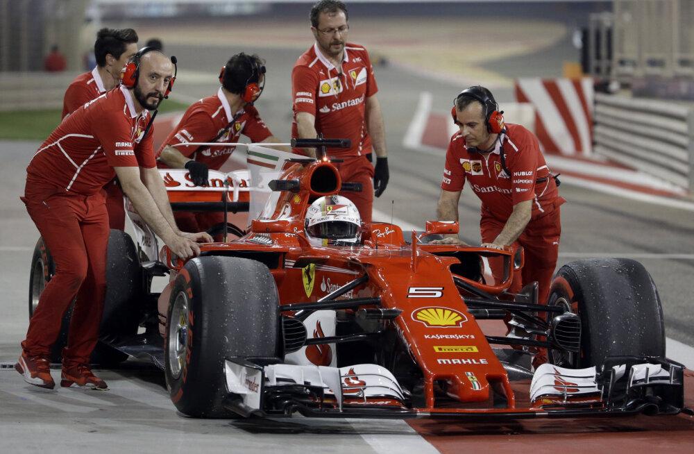 Vettel võitis Bahreinis mõlemad reedesed vabatreeningud