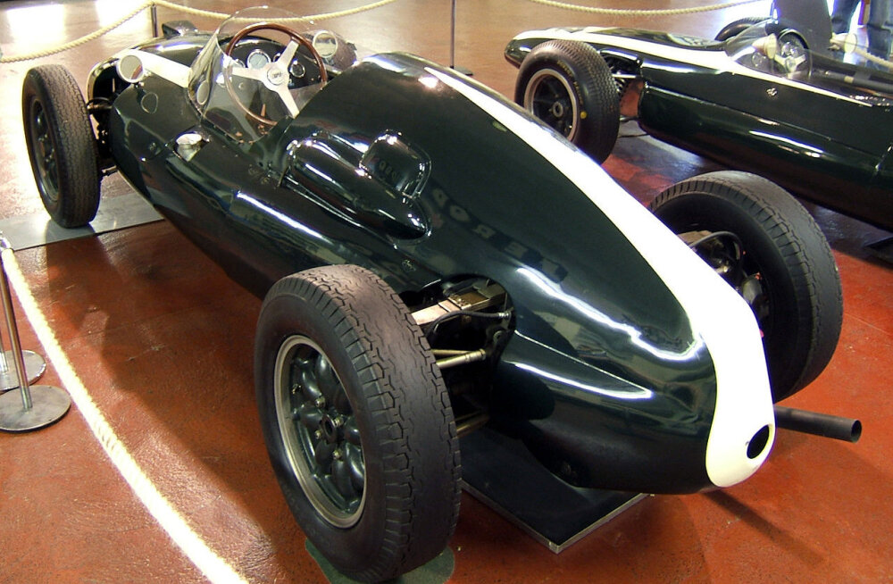 F1 aastal 1959: Maailmameistri võlunipp - võimas mootor koliti eest juhi selja taha