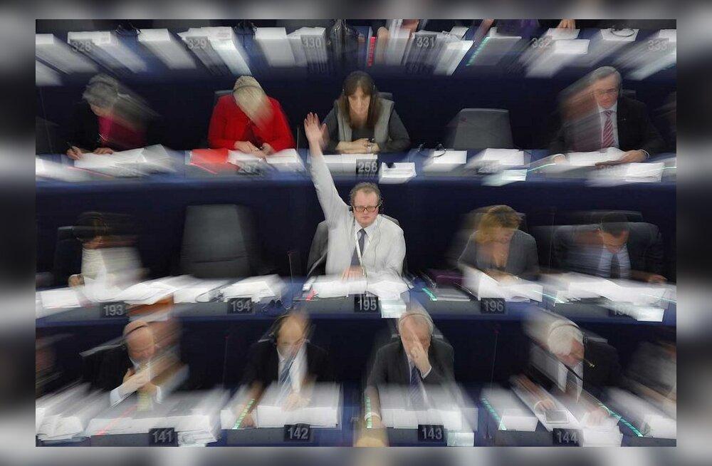 Eurosaadikud on Brüsseli–Strasbourg'i vahet pendeldamisest tüdinenud