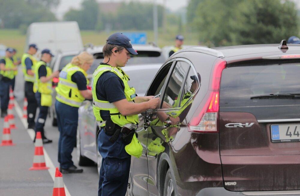Liikluspsühholoog selgitab, miks istuvad alkoholi tarvitanud inimesed autorooli