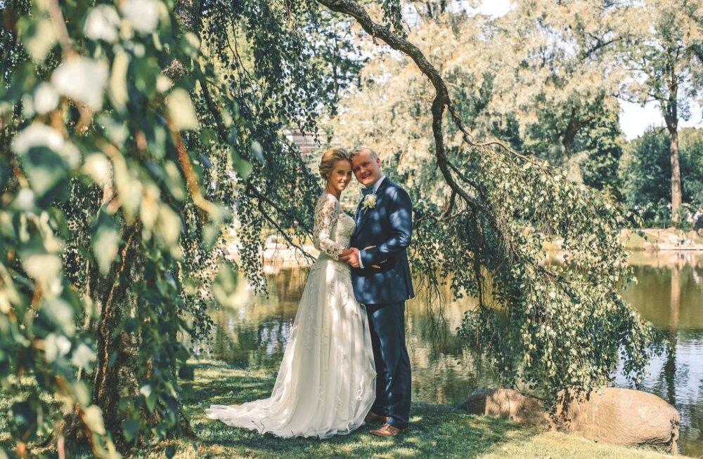 Hõissa pulmad! Aivar Mäe poeg abiellus oma kauni kallimaga