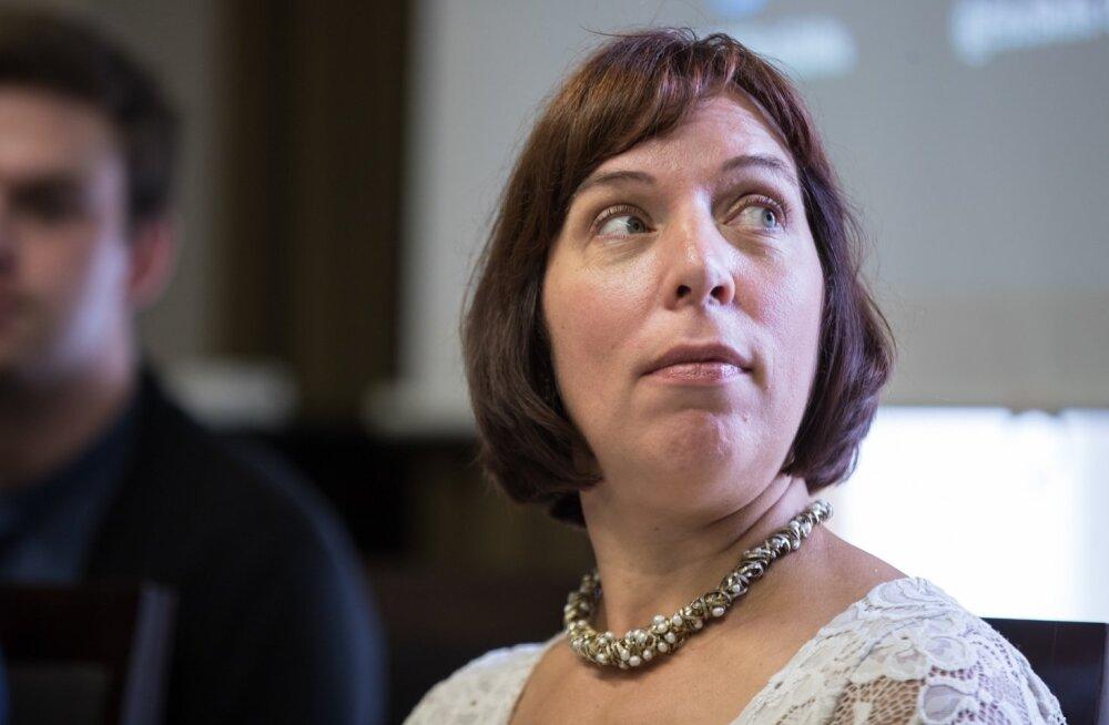 Haridusminister Mailis Repsi arvates võiks põhikoolides lõpueksamite tegemise lõpetada.