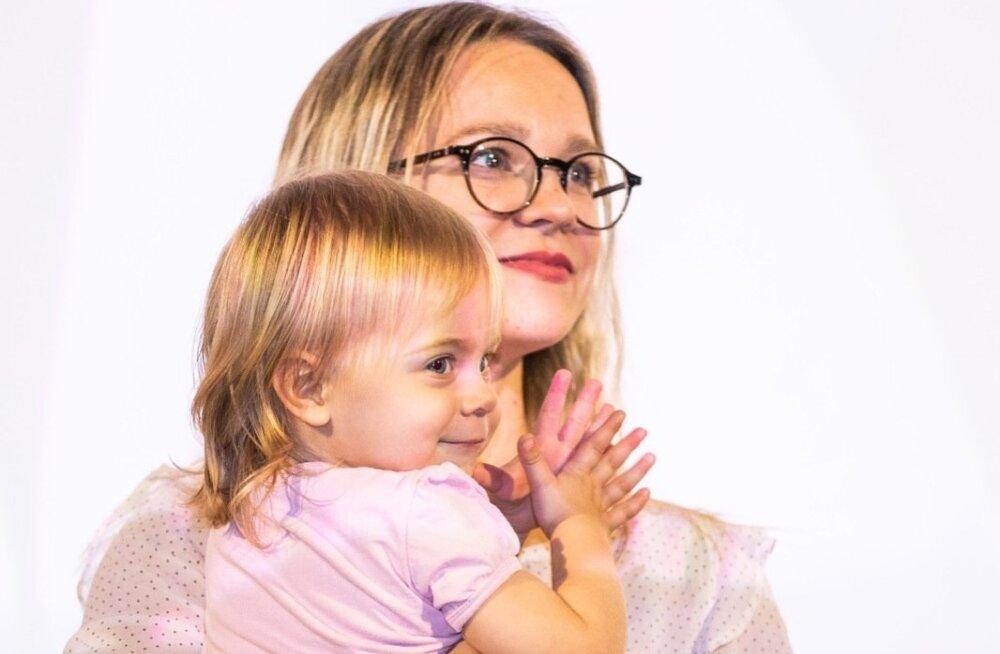 MARILYN JURMAN tütrega