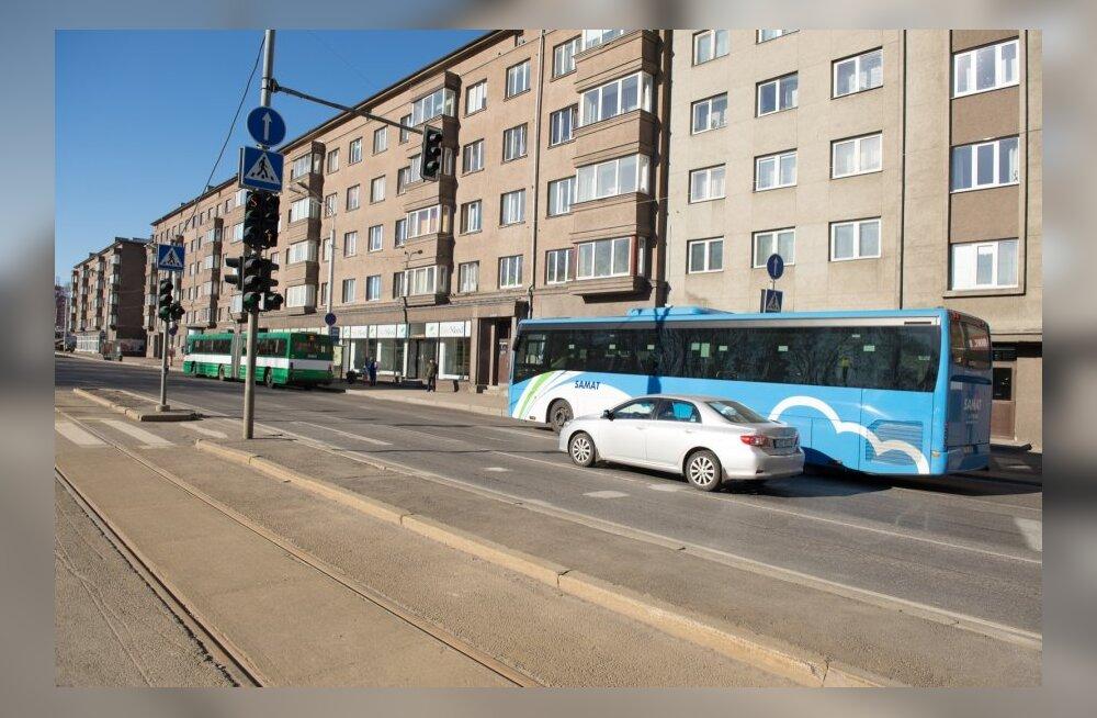 Bussid sõidavad koos