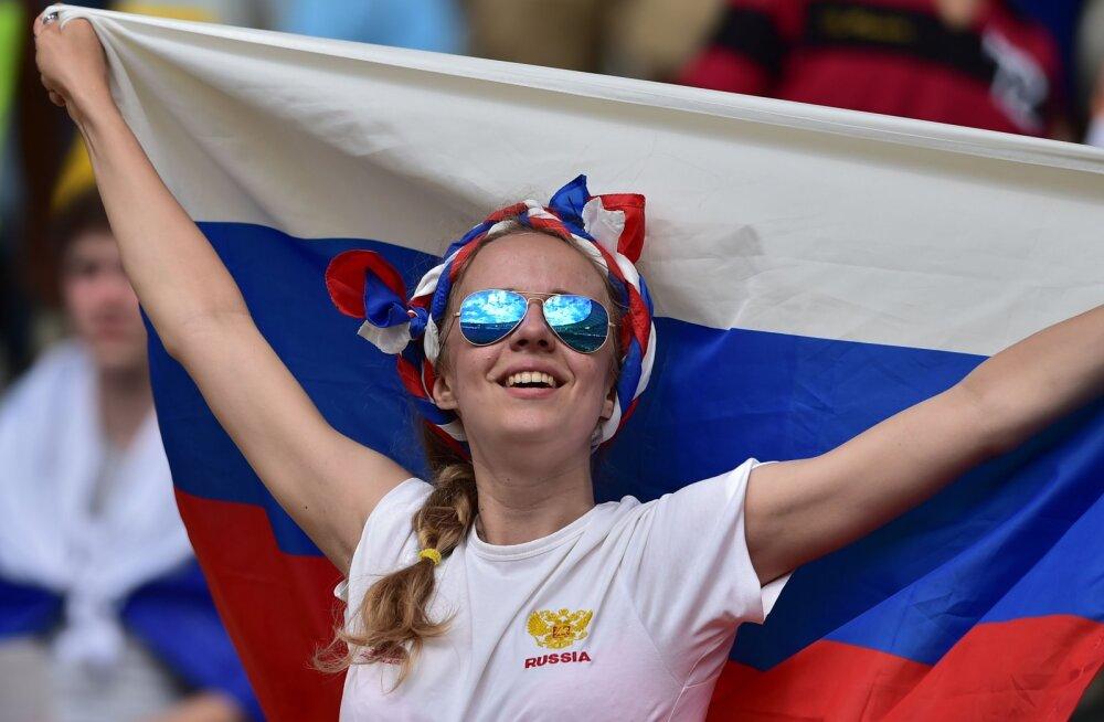 Argentina mängijaid ja ajakirjanikke õpetati, kuidas Vene tüdrukuid rajalt maha võtta