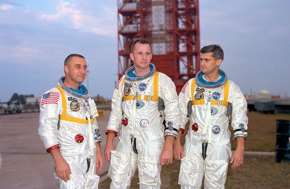 Apollo 1 meeskond: (vasakult paremale) Ed White, Gus Grissom, Roger Chaffee