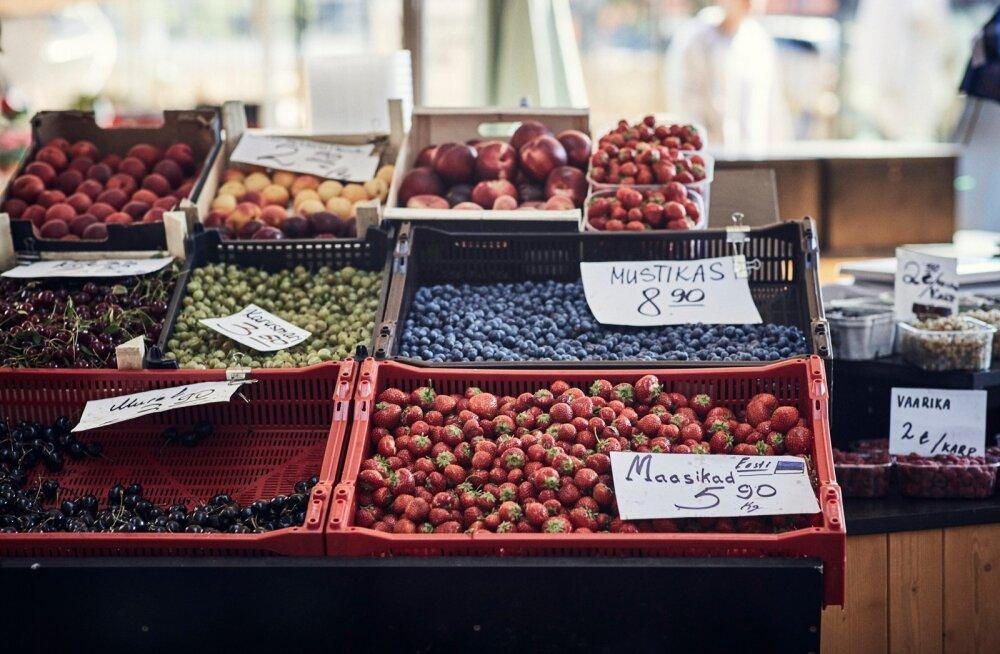 Turumüüjad soovitavad odavate maasikate saamiseks kiirustada, edaspidi hind kerkib.