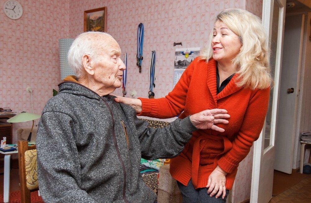 """99-летний пенсионер из Йыхви нашел даму сердца и намерен жениться. """"Врачи обещали, что я проживу еще 25 лет!"""""""