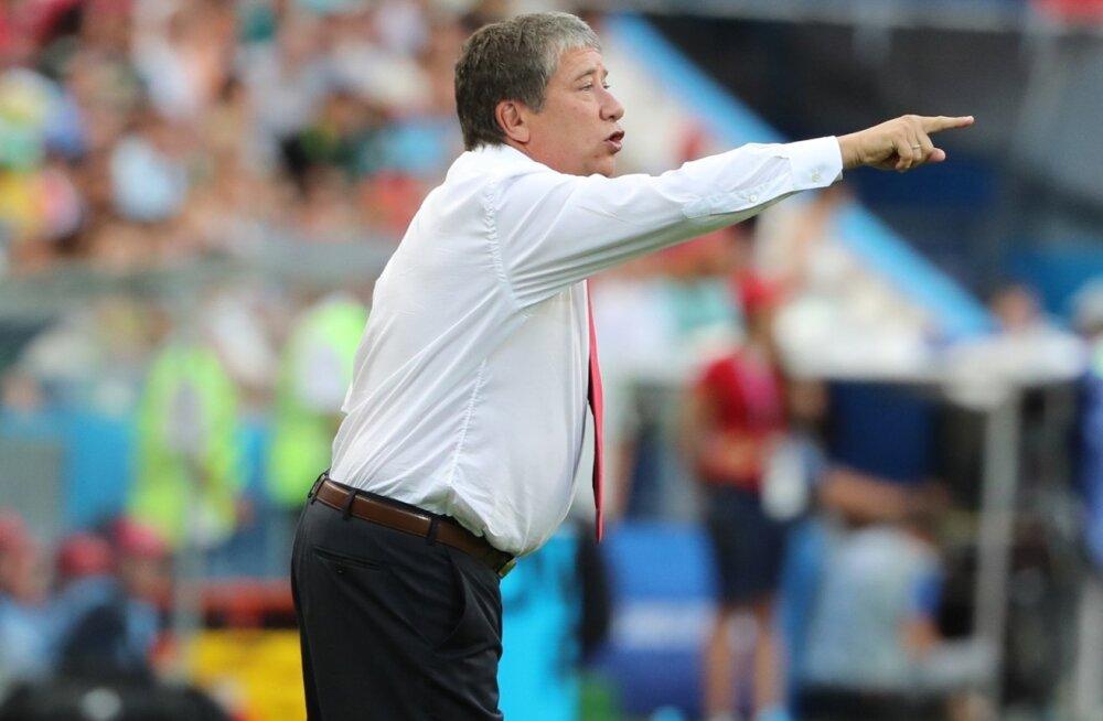 Panama peatreener Hernan Gomez.