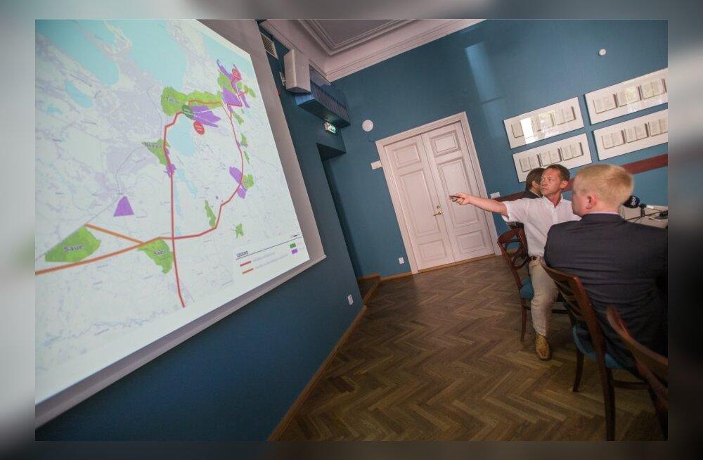 Rail Balticu trass puudutab 700 kinnisasja.