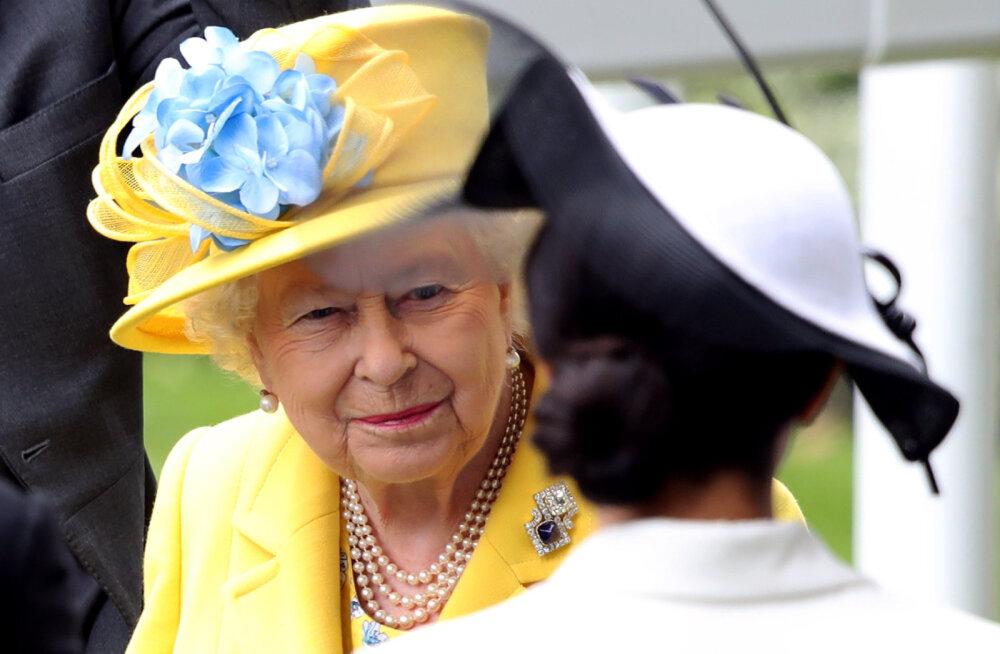 Hertsoginna Meghan võtab kuningannalt üle tähtsa esindusülesande ja tohib teda väga familiaarselt kõnetada