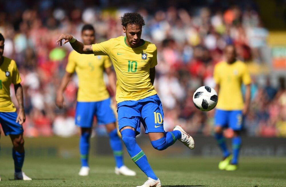 VIDEO | Neymar naasis esimest korda pärast veebruari platsile - ja veel millise väravaga!
