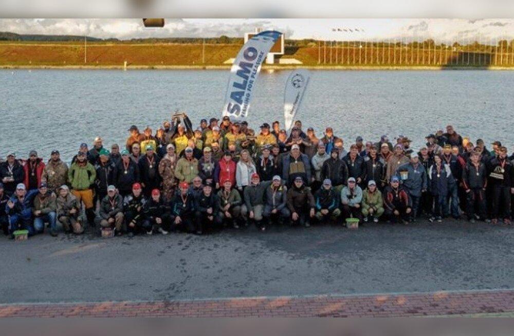 ФОТО читателя Delfi: Еще одна победа эстонских спортсменов-рыболовов!