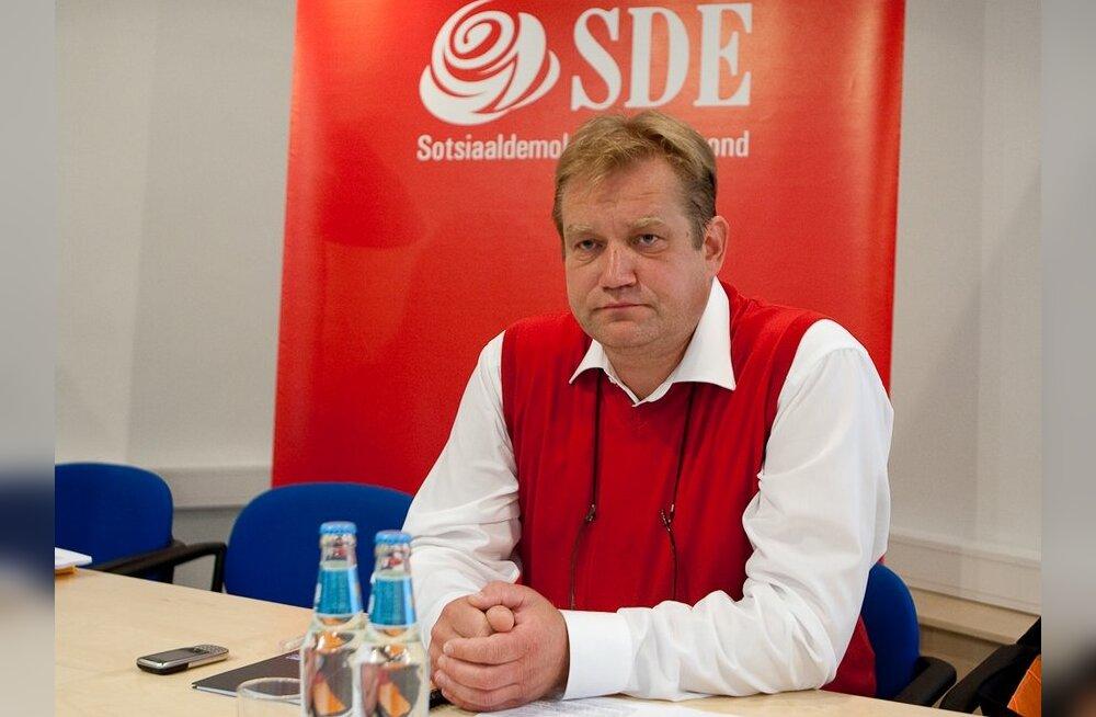 Padar riigikokku opositsiooni istuma ei läheks