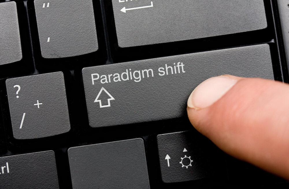 """Enn Kasak, Arne Hiob jt seminaril """"Vana ja uus paradigma - muutuste aeg"""""""