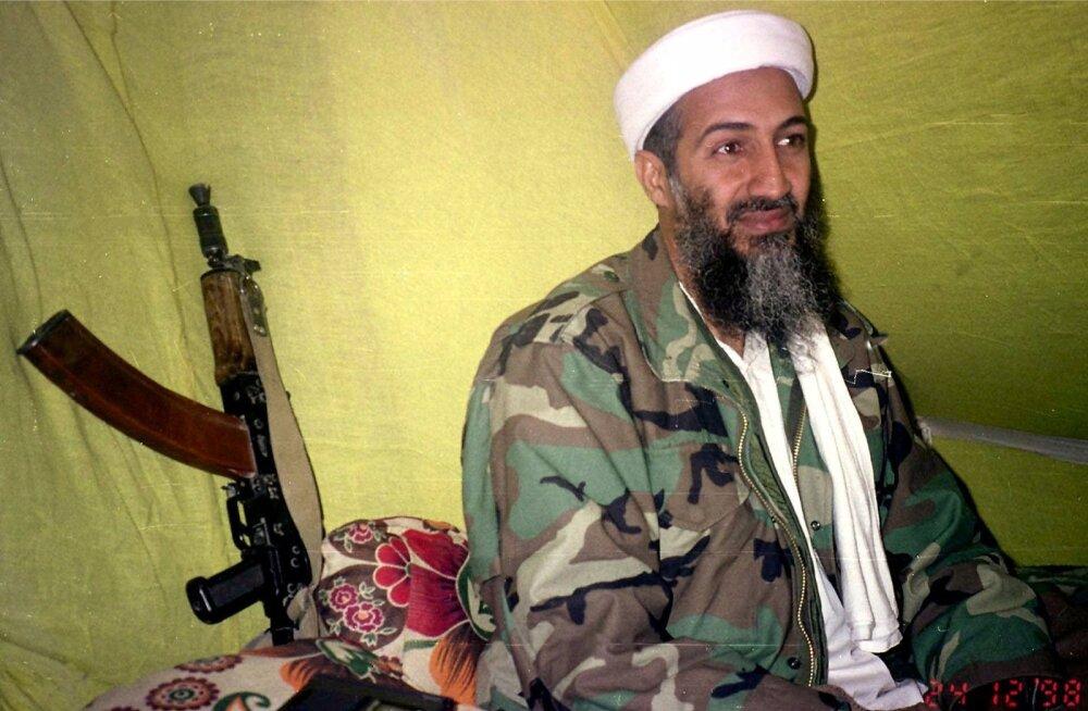 Osama bin Laden 1998. aastal Afganistanis