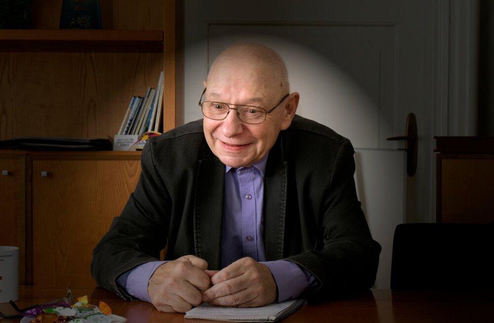 Jüri Adams ütleb, et Eesti riigivalitsemine on viimase kaheteist aasta jooksul traagiliselt alla käinud – allakäik sai alguse juba 1999. aasta kolmikliidu valitsusajal.