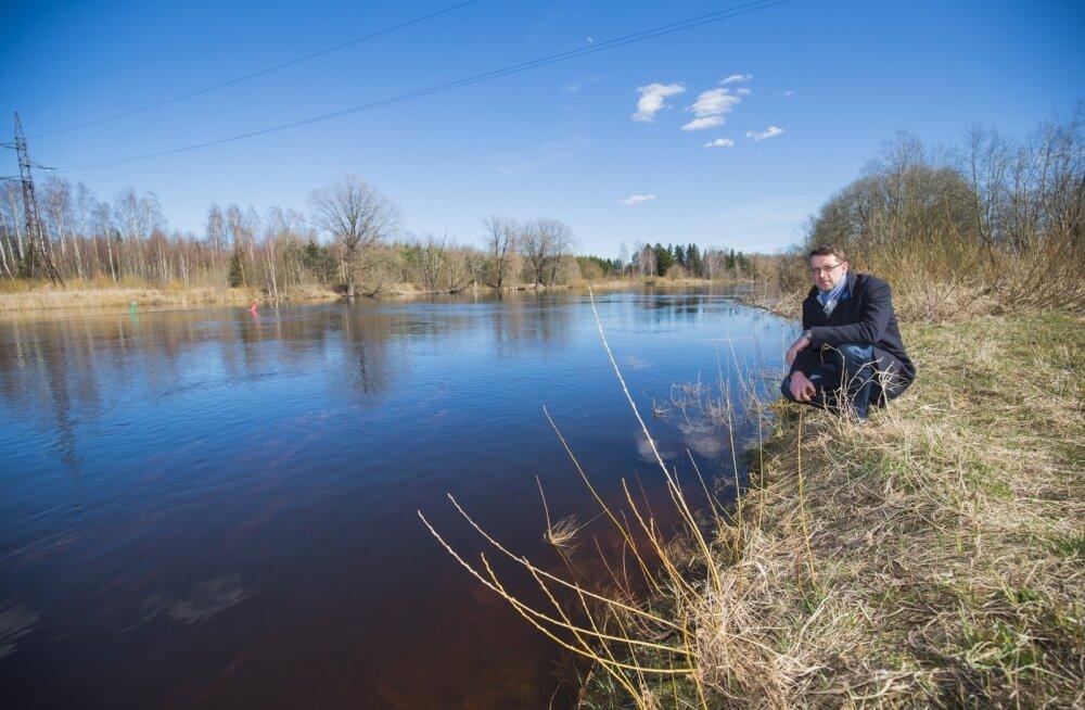 Kas Emajõgi peab tehase võimsusele vastu, küsib Tartu maavanem Reno Laidre.