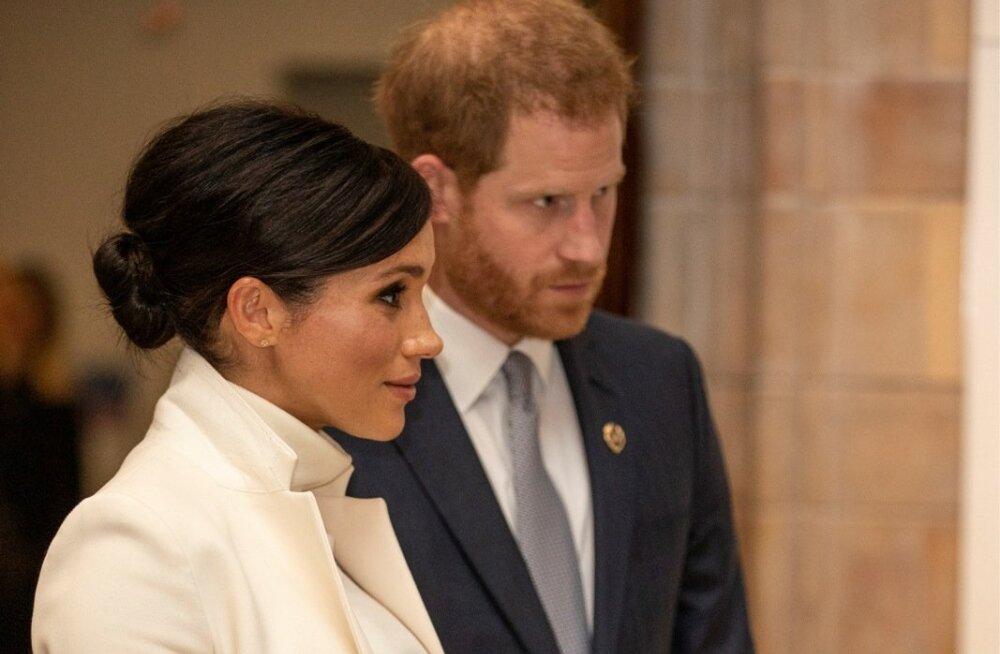 Meghani ja prints Harry laps peaks sündima aprilli lõpus või mai alguses. Lapse sugu ei tea praeguseks keegi, sest vanemad tahavad selle üllatuseks jätta.