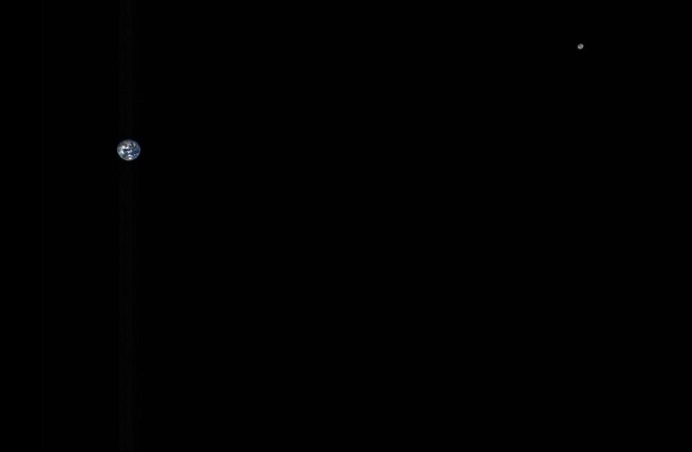 NASA kosmosesond klõpsas viie miljoni kilomeetri kauguselt pildi Maast ja Kuust