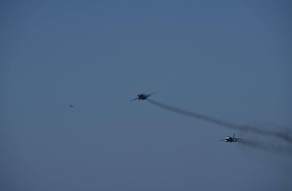 ФОТО: Штурмовики РФ пролетели вблизи голландского военного корабля в Балтийском море
