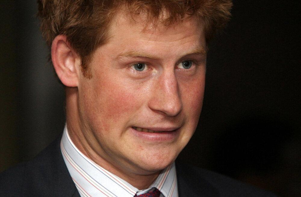 Prints Harry oli lapsena juba väga oma ema, printsess Diana sarnane. Siin on üks muigamapanev seik tema kooliajast