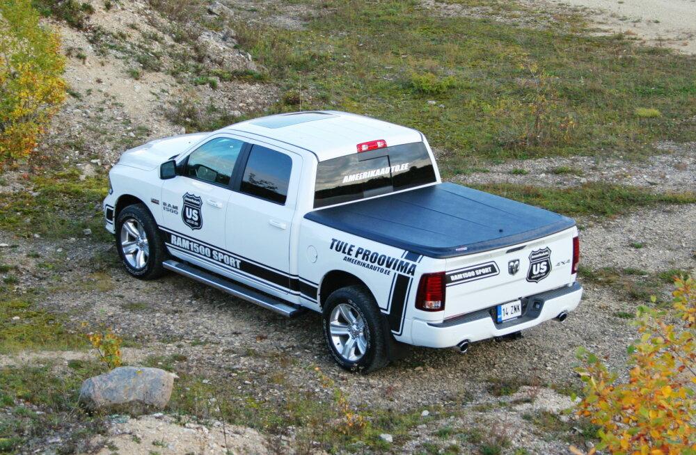 Dodge Ram 1500 Sport Crew Cab: liliputtide maale eksinud Gulliver