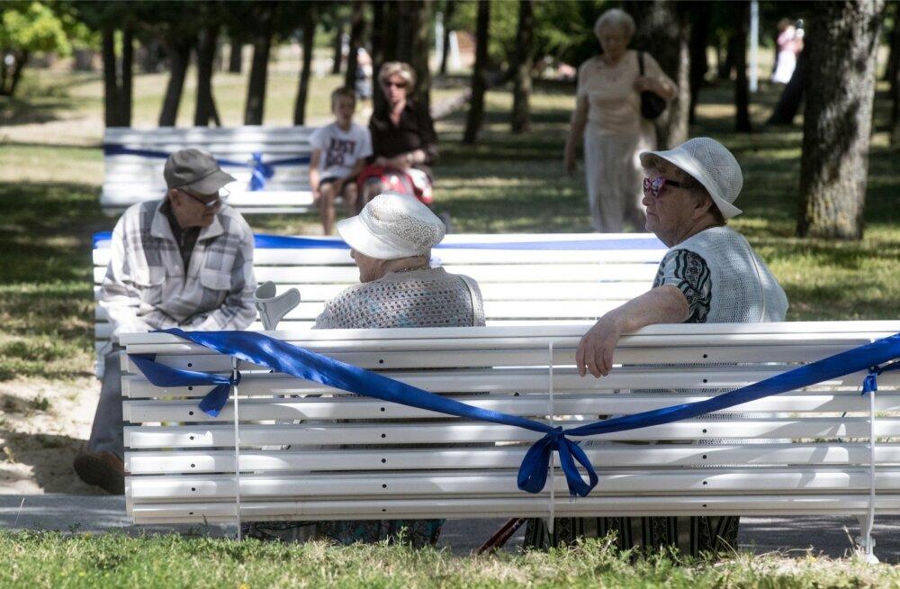 Paljude pensionäride elu oleks päikeselisem, kui nad oma pensionilemineku mõne aasta võrra edasi lükkaksid.