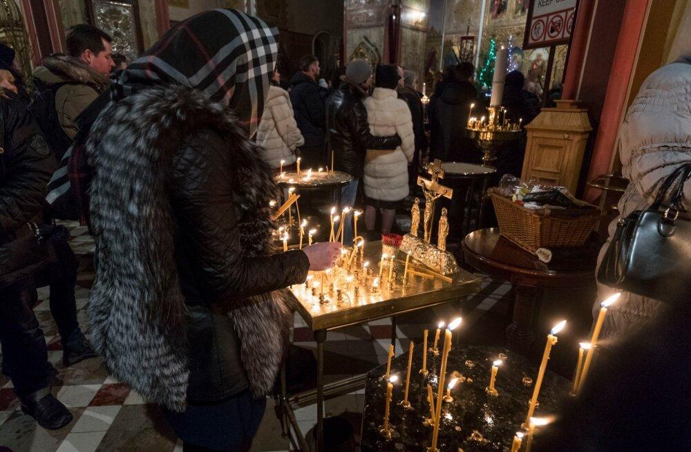Õigeusu Jõulud - jumalateemistus Nevski katedraalis