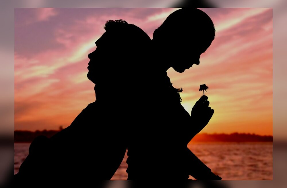 UURING: Paare hoiab koos raha, mitte armastus