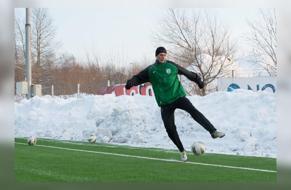 VIDEO: Raio Piiroja: viimati tegin nii külma ilmaga trenni 2003. aastal Floras