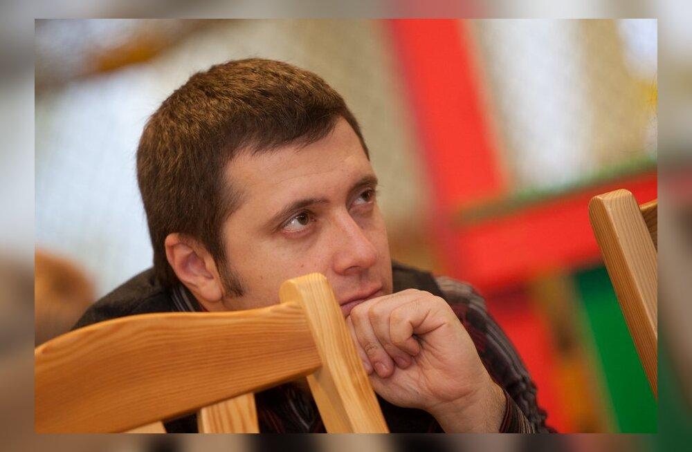 Белобровцев: решение правительства отклонить ходатайства русских школ безответственно и недальновидно