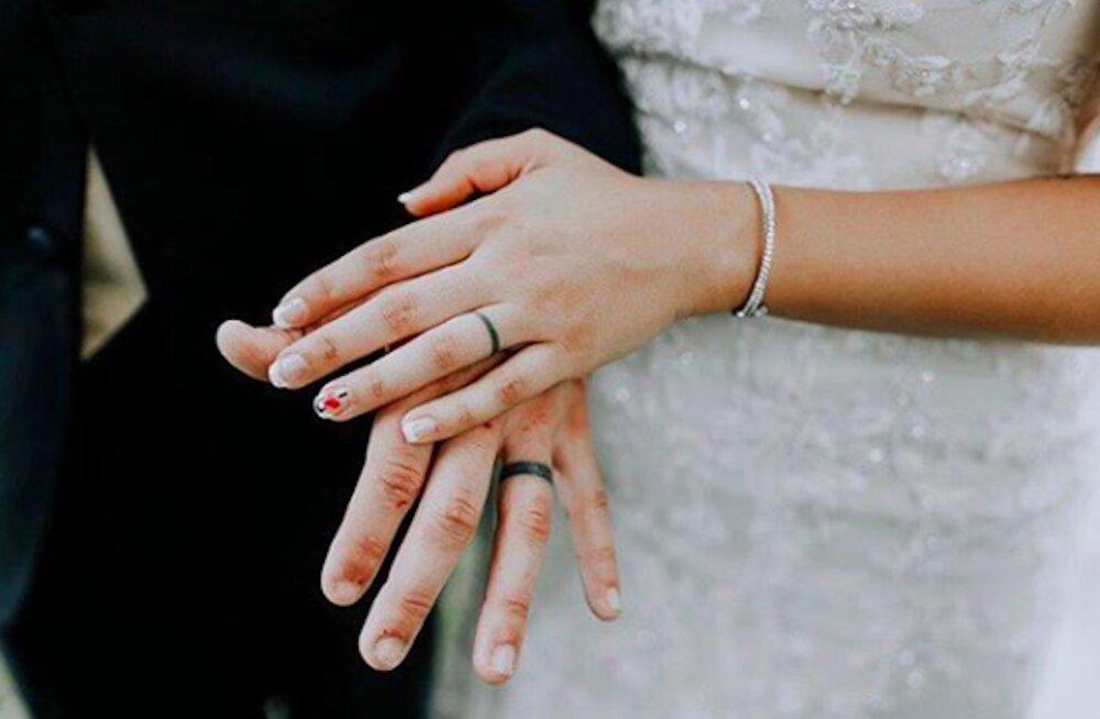 19 põhjust, millele mõelda, enne kui abielusõrmuse asemel teha hoopis tätoveering