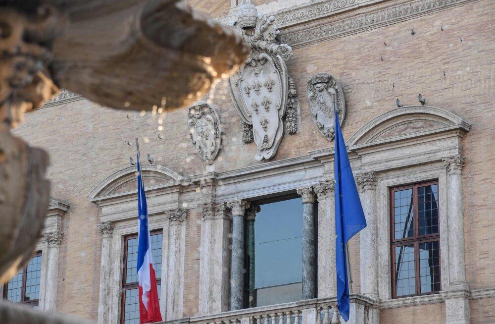 """Франция отозвала своего посла из Италии из-за """"желтых жилетов"""""""