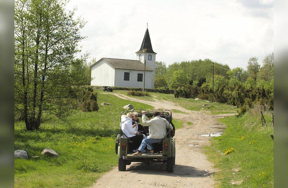 Prangli saarel avati esimene suveniiripood