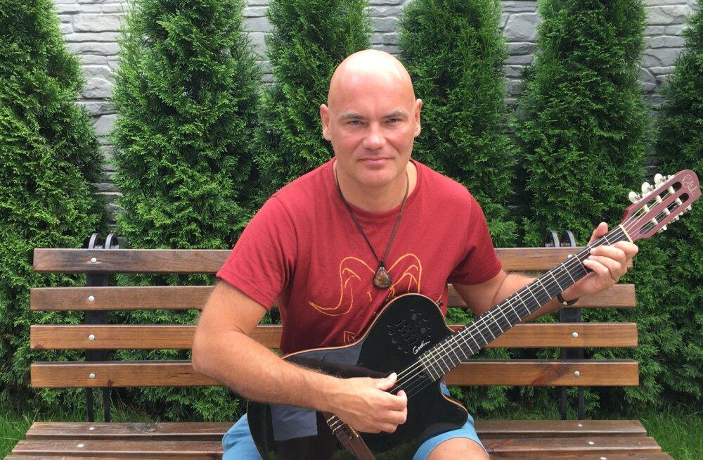 VIDEO! Ekke Lainsalu viib kitarrimuusikaga rännakule