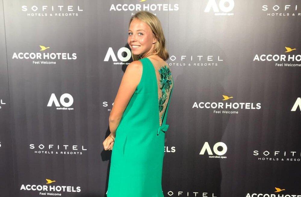 FOTO | Anett Kontaveit säras Australian Openi eelsel mängijate peol Eesti disainerite loomingut kandes
