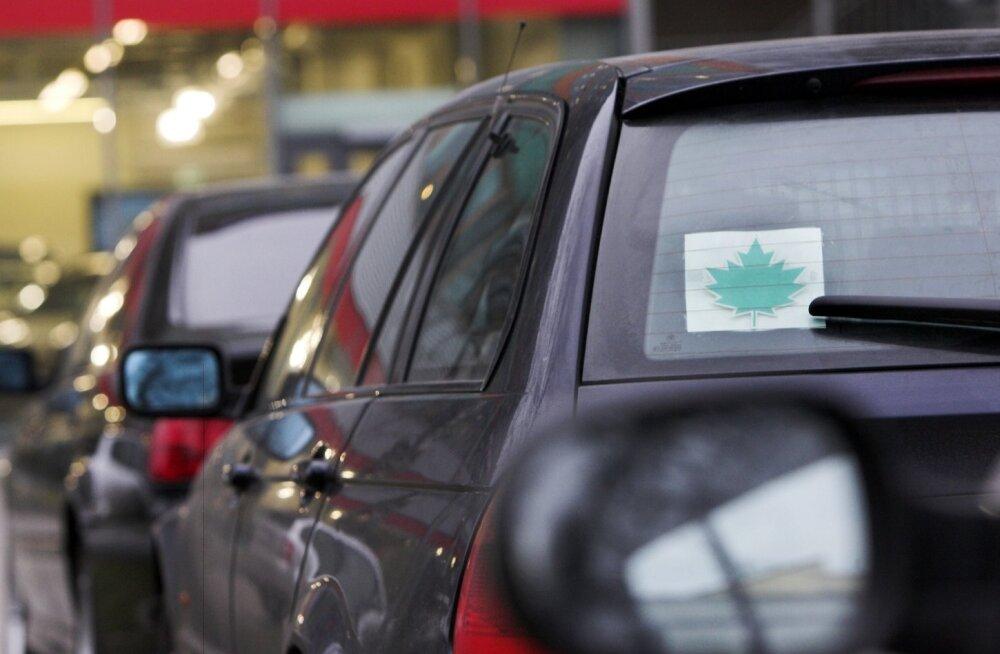 Kolm lihtsat olukorda, mis algaja autojuhi paanikasse ajavad